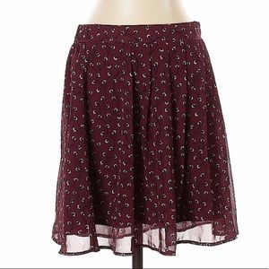 Old Navy Floral Print Maroon Skirt Size (M)